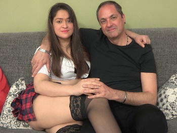 Do we shoot a porno? We're garota93 and sexypapito, Parejas.NET users. We live our swinger meetings up to the limit